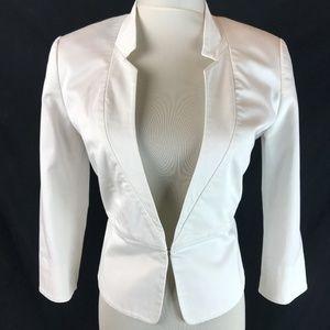 Express White Notch Collar 3/4 Sleeve Blazer